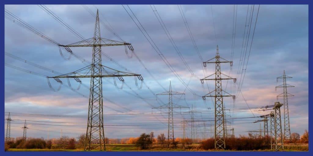 pylônes électrique haute tension