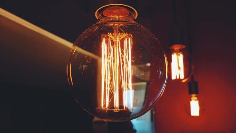 puissance compteur electrique ampoule